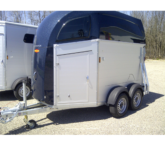 7d186f57ef08e Aluminum Wall German Horse Trailer with Dark Blue roof  Champion Horse  Trailer