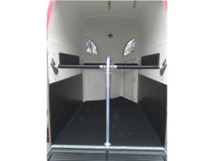 inner horse stall photo of Comfort trailer